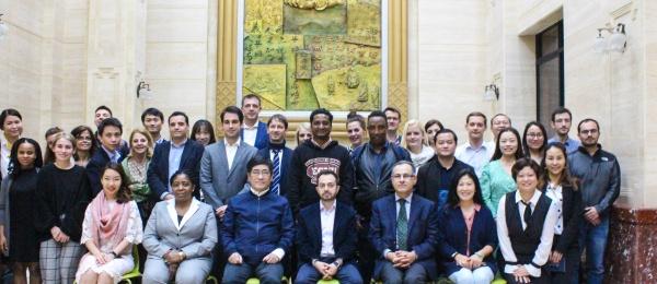 El Consulado General de Colombia en Shanghái asistió a la Conferencia realizada por el Presidente de East China Normal University