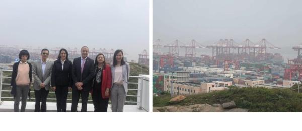 El Embajador de Colombia y la Cónsul General de Colombia en Shanghái visitaron el Puerto Yangshan