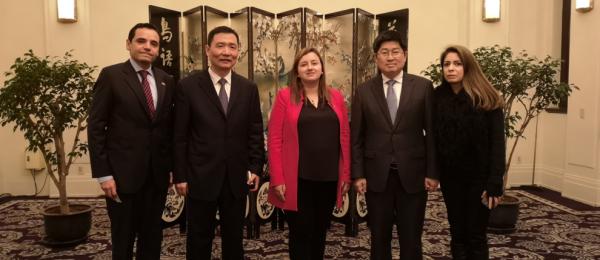 Cónsul General de Colombia en Shanghai, Luz Helena Echeverry, se reunió con Zhu Congjiu, Vice Gobernador de la Provincia de Zhejiang