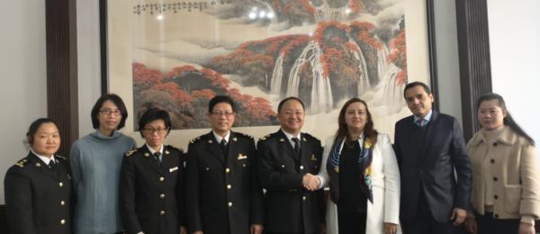 Cónsul General de Colombia en Shanghai sostuvo un encuentro con Jiang Yuan, Director General Adjunto de la Aduana de Shanghai